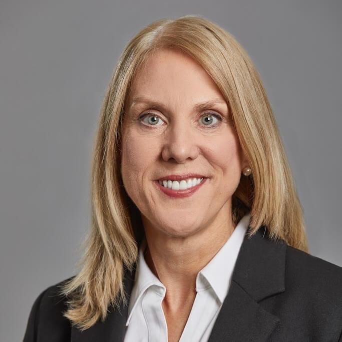 Linda Giuffre Chief Compliance Officer at Bridgeway bio image